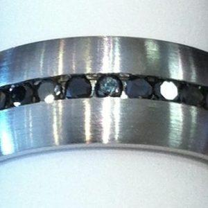 gallery_lash-CC-eternity-black-diamonds-6mm-lg.jpg