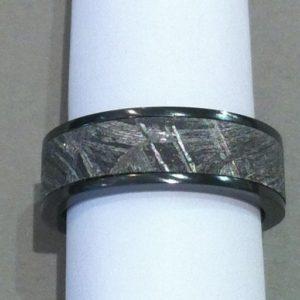 Meteorite-7mm-BZ-edges.jpg