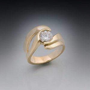 Eternity-Double-Edge-Swirl-Large-Diamond.jpg