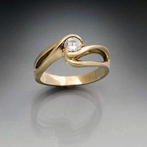Eternity-Swirl-Small-Diamond.jpg