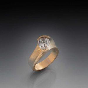 Eternity-Swirl-for-Pear-Diamond-2.jpg