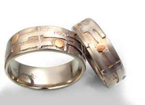 Artful Klimt Design Ring in White Gold with Textures
